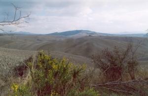 broadscale tuscan erosionscape